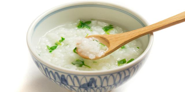 """""""七草粥""""でお正月疲れの胃腸を回復!ご家庭簡単レシピを栄養士が伝授"""