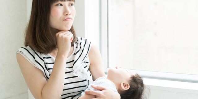 赤ちゃんにあざがあるのはなぜ? 原因、治療法を5つの色別で解説