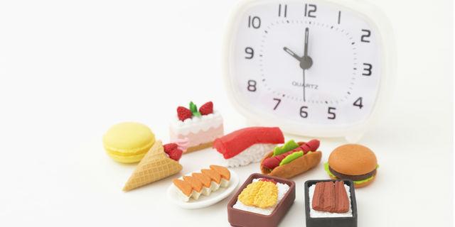 夜食は心身に悪影響が…どうしても食べたいときにオススメの夜食とは?