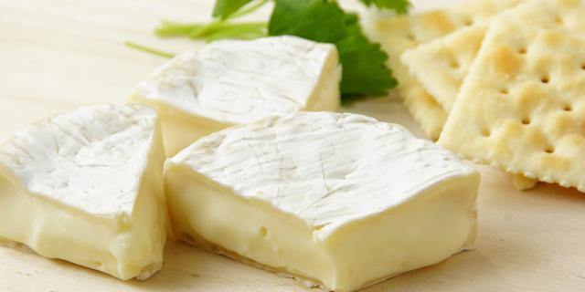 牛乳で下痢になりやすいのはなぜ? チーズやヨーグルトとの違いとは