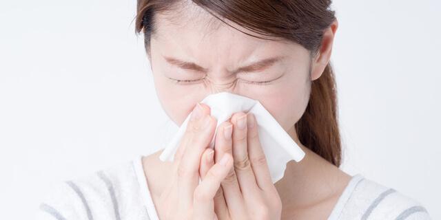 花粉症でだるくなるのはどうして?4つの要因から考えるだるさ予防対策