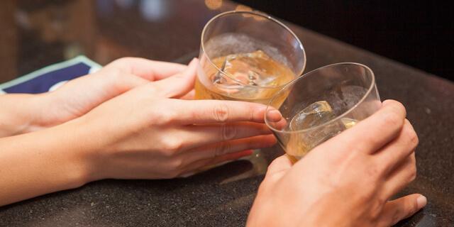 お酒で下痢になるのは3つの原因が!お腹に優しいお酒の飲み方とは?