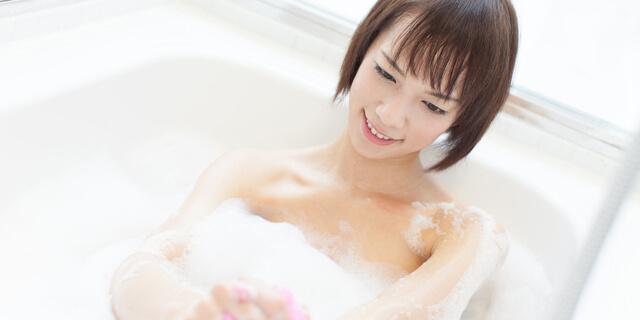 シャワーだけで済ますのはダメ!? 7つの効果をお風呂と比較してみた