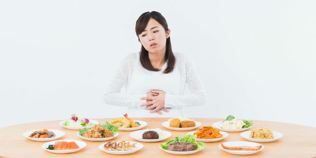 空腹だけじゃない!お腹が鳴る3つの原因と緊急の止め方とは?