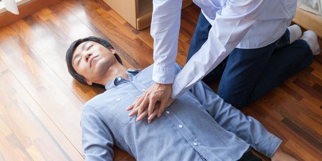 若い人が突然死を引き起こす原因とは? 関連する病気や症状を解説