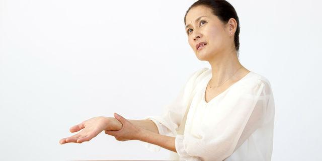 手がしびれる7つの原因を解説 手の部位別で違う疑える疾患とは?