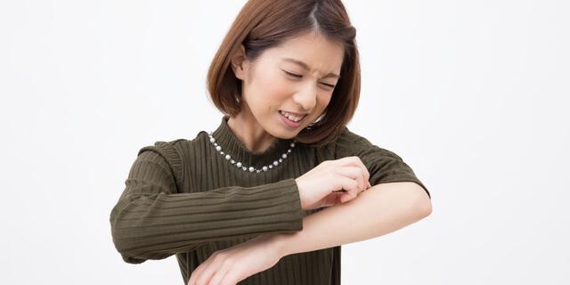 関節に湿疹ができるのはなぜ?部位別で違うかゆみの原因を教えて!