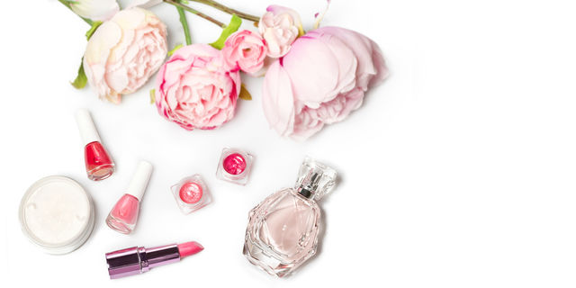 口紅は2年、マスカラは3カ月!化粧品の正しい使用期限とリスクをご存知?