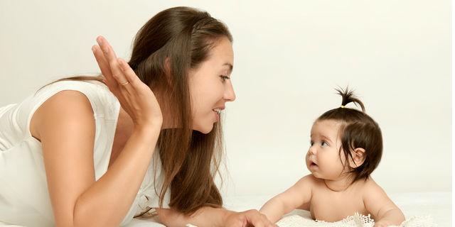 子どもの言葉の発達が遅い原因は?親ができる対処法と月齢別の発音変化