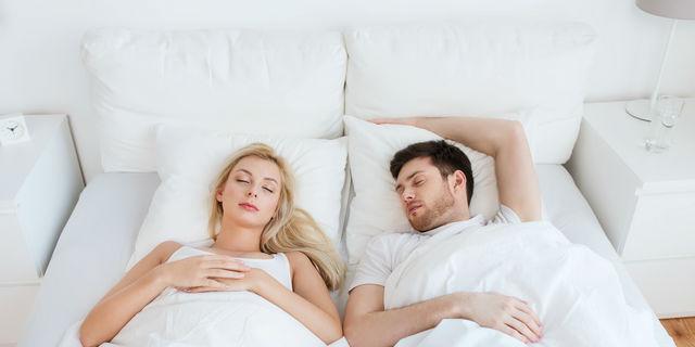 寝言が多いのは病気のサイン?危険な寝言の判断基準を教えて!