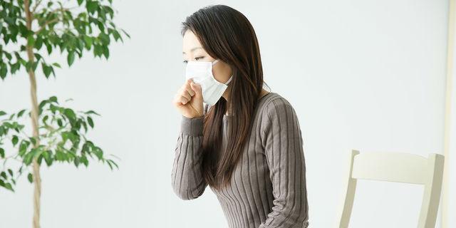 過労やストレスで咳が止まらない!?「大人喘息」の原因と予防対策