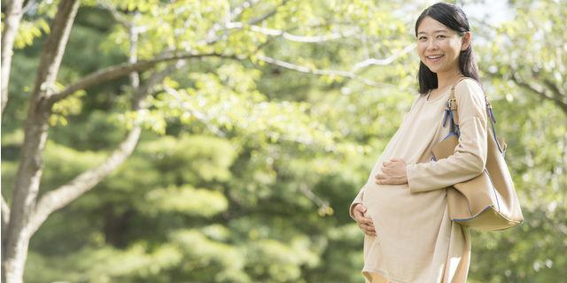 出産予定日を過ぎても陣痛がこない…気になる4つの原因とは?