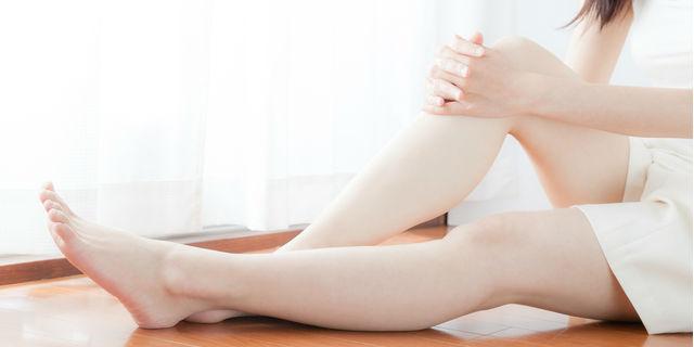 足裏に違和感を感じたら…形や色、柔らかさで健康状態をチェック