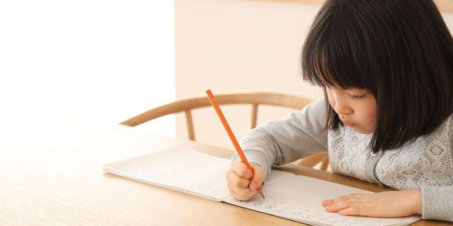 """""""字が読めない""""は学習障害?通学してから気付く子どもの症状を解説"""