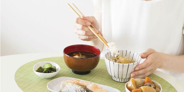 一日の完璧な食事メニューが明らかに?栄養士考案の理想的な三食