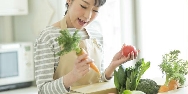 新鮮野菜と主婦