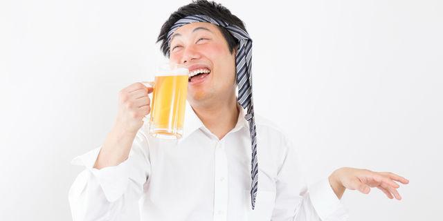 酔っ払いの男性