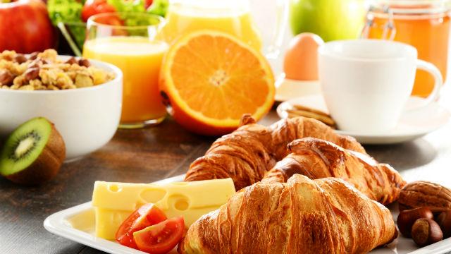 睡眠リズムは朝食で整う!睡眠ホルモン「メラトニン」をつくる方法