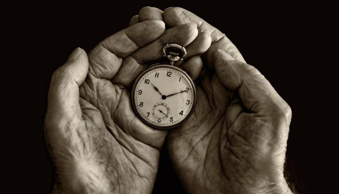 【睡眠不足で老化速度UPの可能性大】徹夜を避けるべき理由
