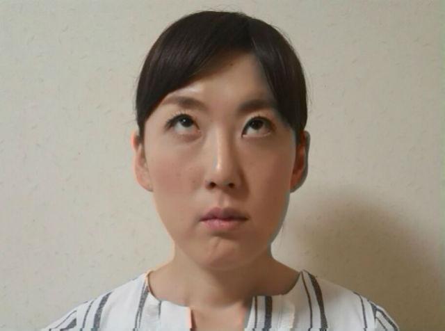 顔ヨガで目ヂカラアップ_08