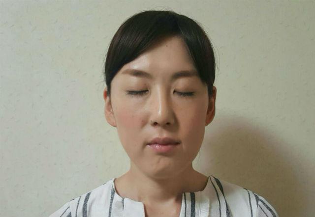顔ヨガで目ヂカラアップ_05