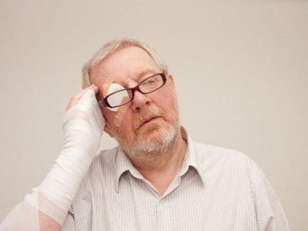 サッカー日本代表選手も経験した「眼窩底骨折」って、どんなケガ?