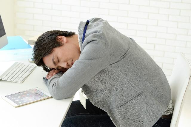 昼寝で仕事効率アップ_04