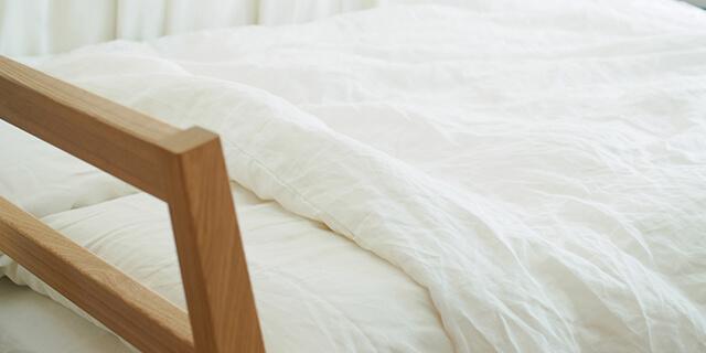 破水で布団がびっしょり!? 外出中や睡眠時など、急な破水に備えるべきことは?
