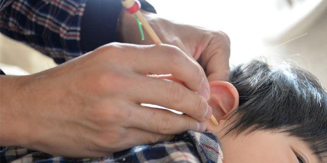 子どもの耳掃除、どうやればいいの?