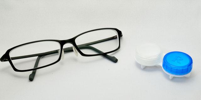 コンタクトレンズとメガネの見え方の違いってどうして?