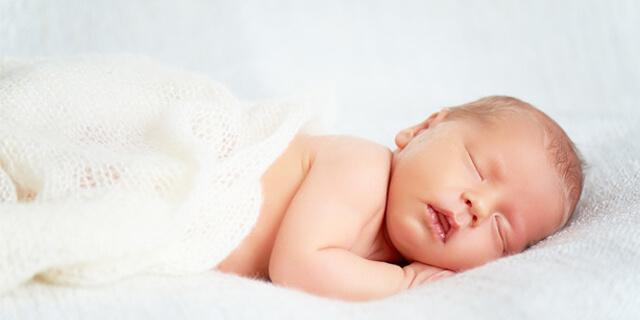 赤ちゃんの頭の形、どうすればいびつにならない?