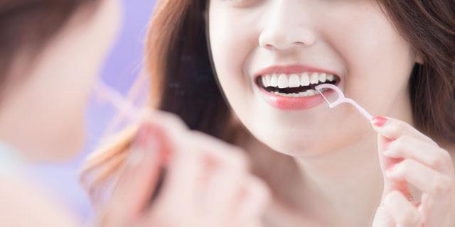 【むし歯の日】正しいデンタルフロスの使い方を知ろう