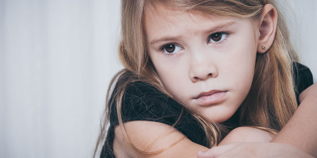 悲しいのに涙が出ない…それって心の病気のサインかも?