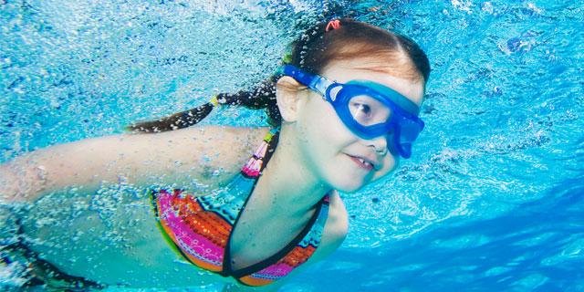 子どもが海やプールで感染しがちな病気を予防したい!