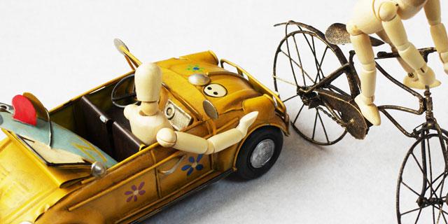 突然の交通事故!自分で病院へいくときはどうすればよい?