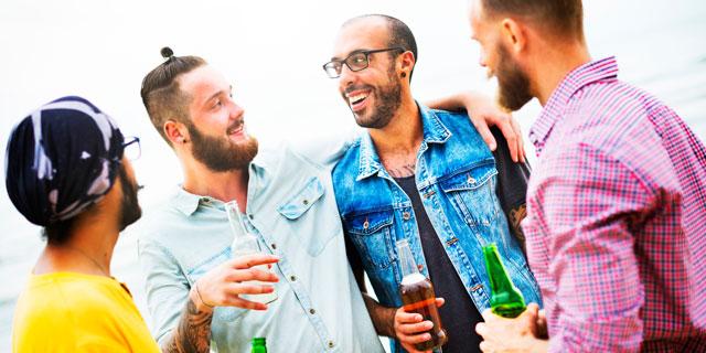 せっかくのお酒を腹痛で楽しめなくなってしまう…切っても切れない「飲酒と下痢の関係」。