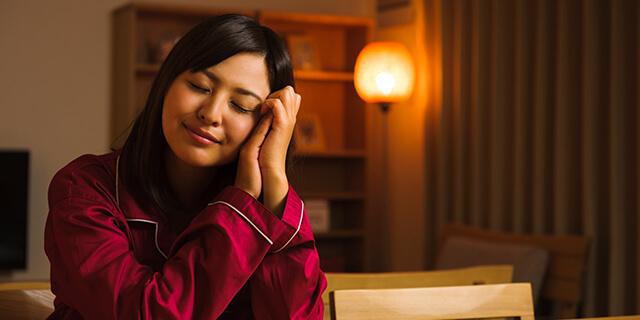 おやすみ前の5つの工夫で、美肌を目指しませんか?