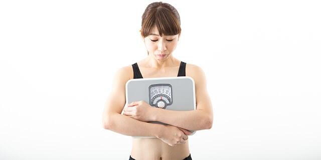 食べてないのになぜ太る?生理と体重増加の関係とは?