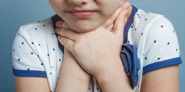 「咽頭ジストニア」は声が出なくなる病気…歌手を悩ます神経疾患
