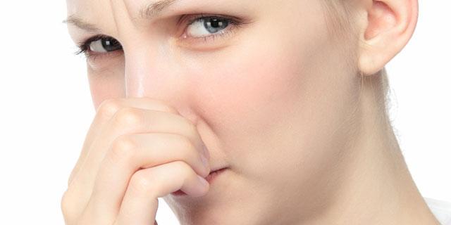 あなたの体臭がスメルハラスメントかも…「ミドル脂臭」には特に注意!