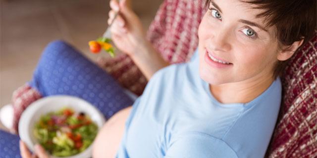 妊娠してても気になる体重…妊娠中に理想体重をキープするコツ
