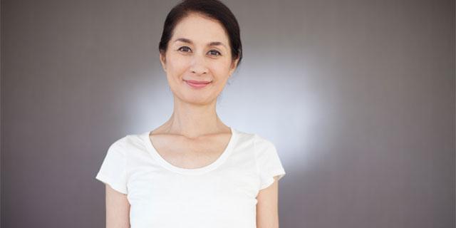 【医師監修】女性の世代別 体のお悩みランキングBEST3