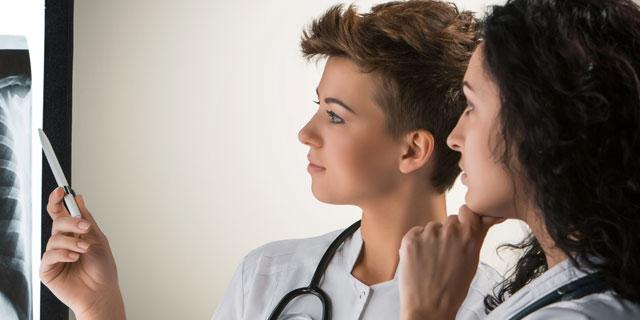 気づかなかった脇のしこり…小林麻央さんが医師に勧められた生検とは?