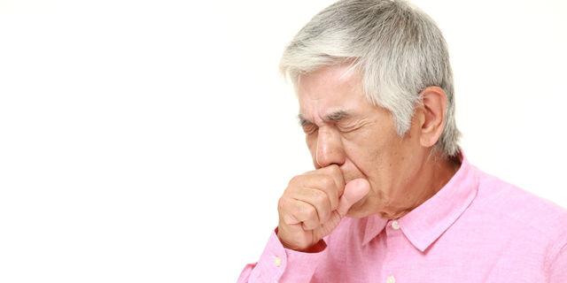高齢者に多い誤嚥性肺炎…発症前に覚えておくべき予防対策リスト