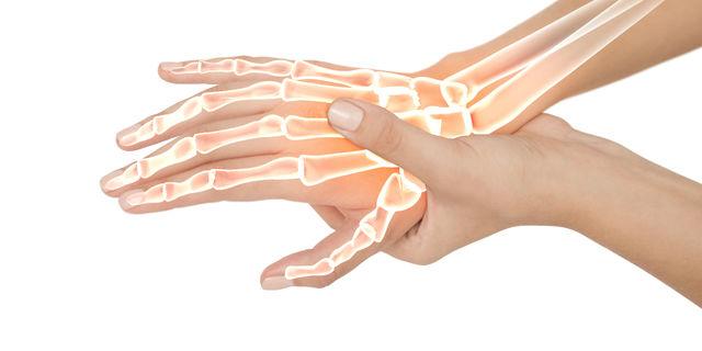 手根管症候群の原因となりやすい人とは?効果的な3つの治療法もご紹介