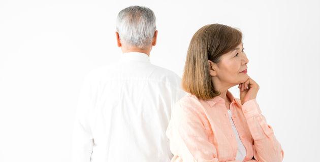 20代でもできる老人性イボ 正しい除去方法と予防対策とは?