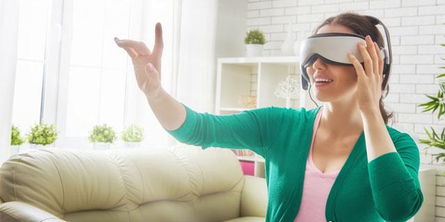 脳波で好みの女性を特定!VRで近未来の恋愛SLGを体感