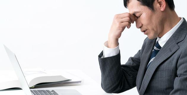 吐き気がする時に効果的なツボとは?緊急時に役立つ対処法