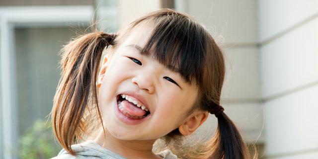 舌が白いのは病気のサイン? 舌苔ができる原因と対策方法