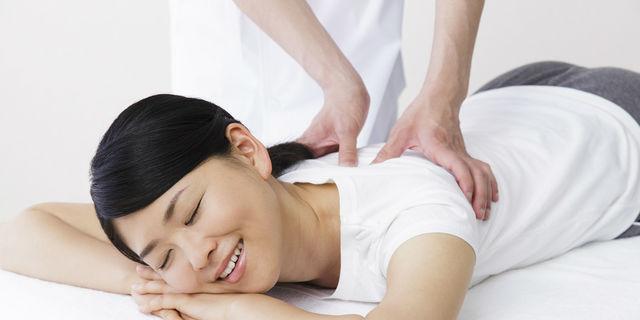 膝の痛みの3大要因とは? 痛みを軽減するトレーニング方法もご紹介!